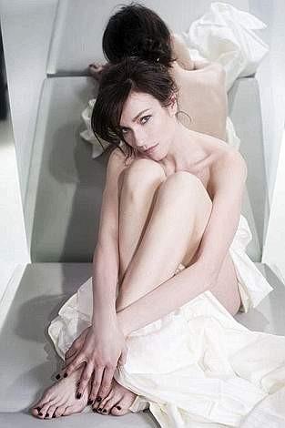 Stefania Rocca posa per Playboy